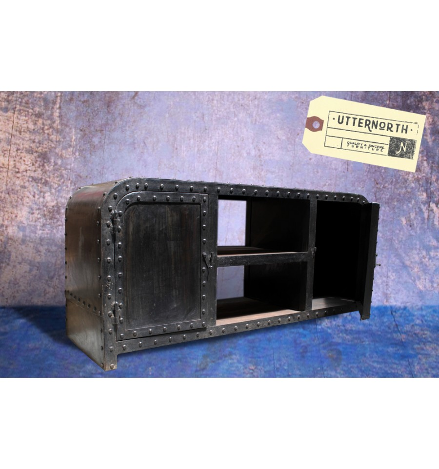 meuble tv buffet en acier vintage industriel. Black Bedroom Furniture Sets. Home Design Ideas
