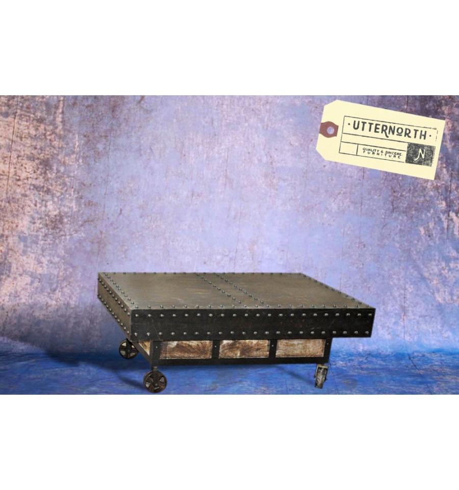 Table basse roulettes en acier vintage industriel - Table basse vintage industriel ...