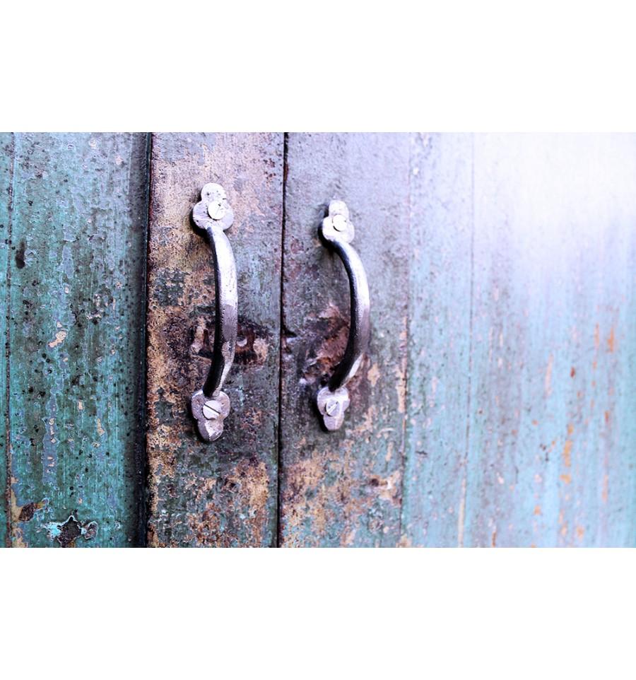 Armoire en bois vintage