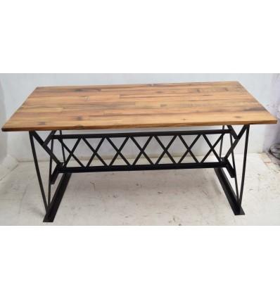 Table plateau Bois et piétement fonte et croisillons eiffel Acier Vintage Industriel