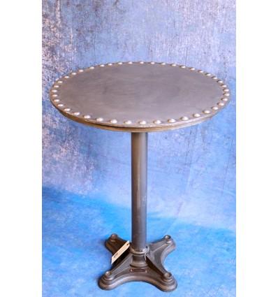 Table à Boulons